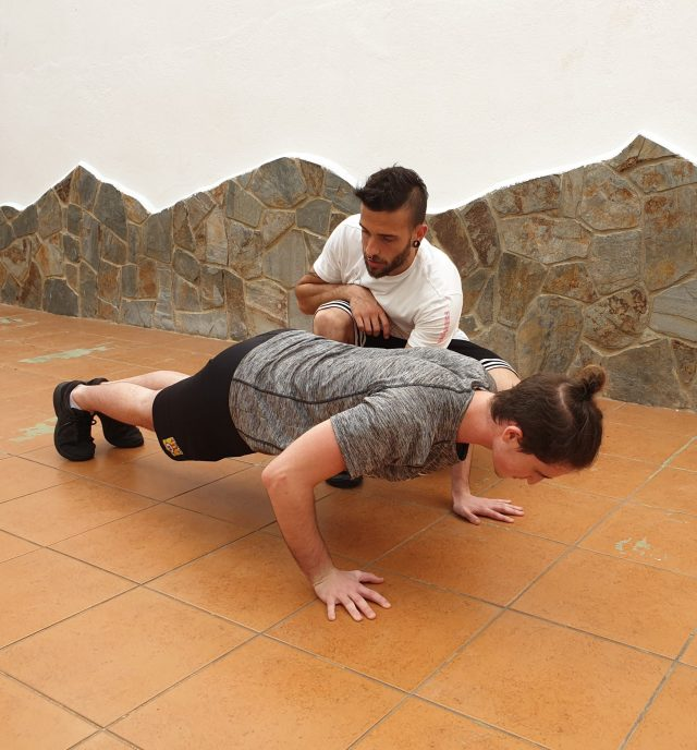 Aaron Nares entrenamiento personalizado